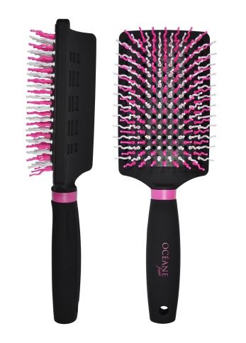 racket-brush-still